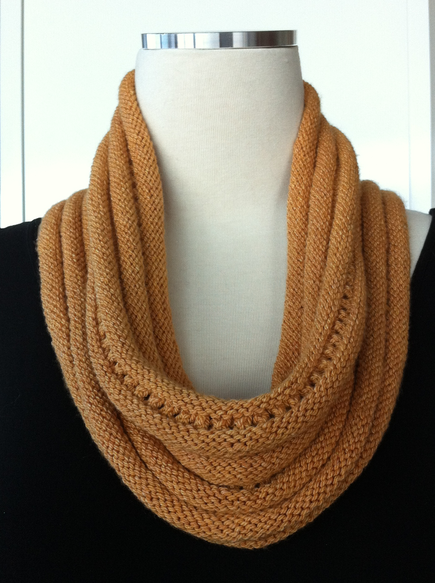 swirl super swatch cowl 3